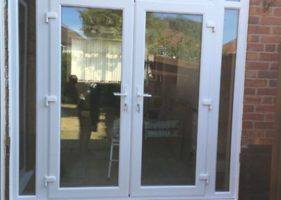 bifold doors everton